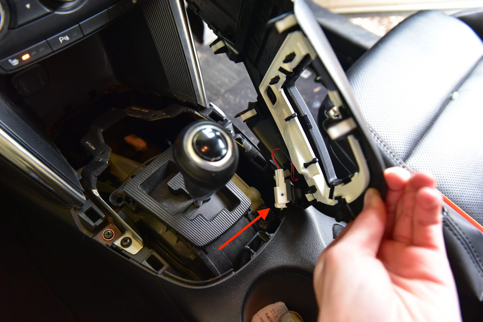 Mazda CX5 Centre Console Light Globe Replacement