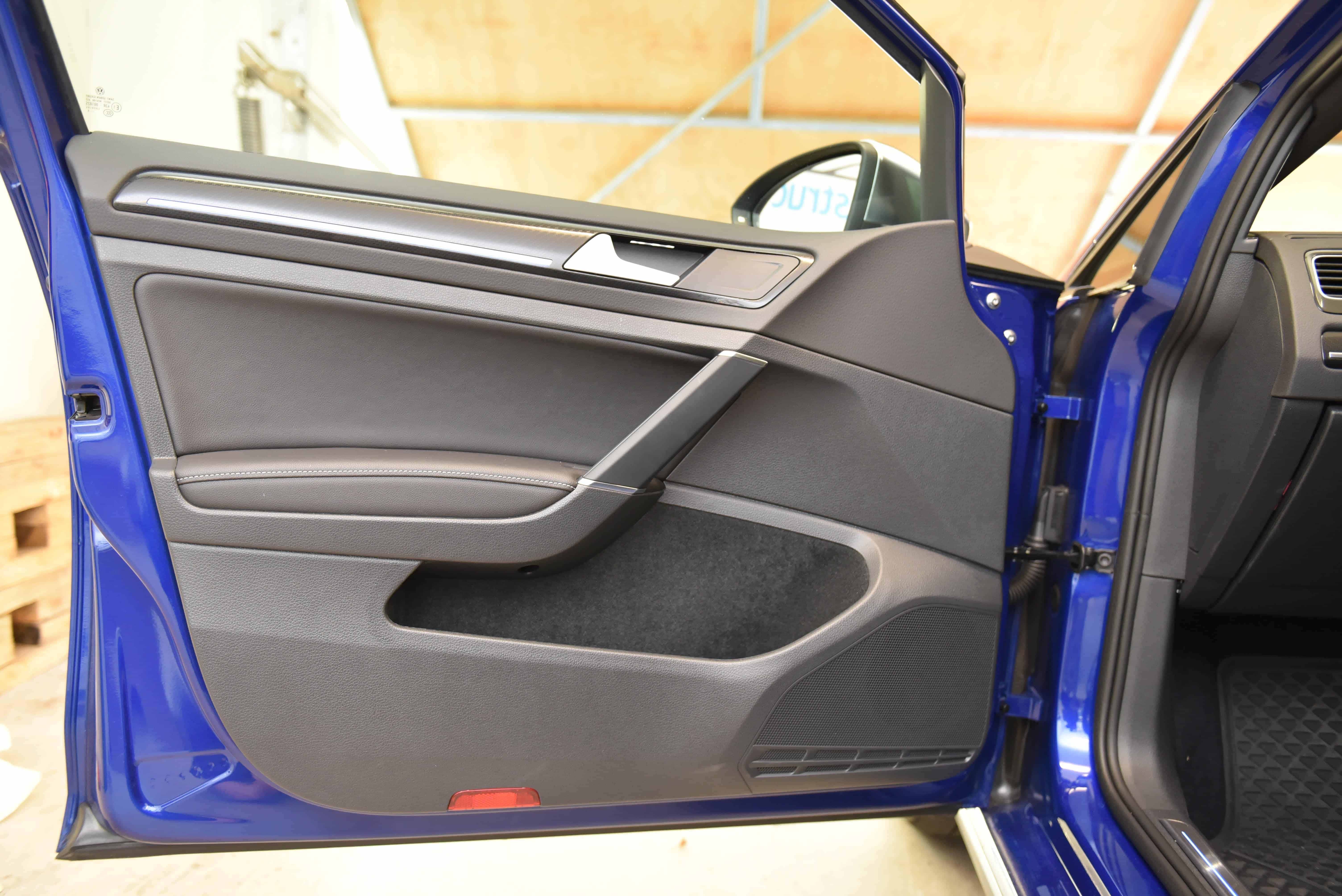 Front Door Trim Removal – Volkswagen MK7 Golf – AutoInstruct