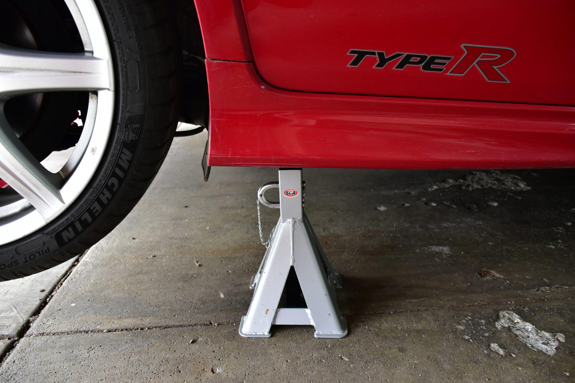 Honda Civic FN Jacking Points