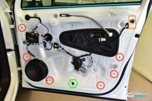 MK2 Tiguan Front Door Trim Removal
